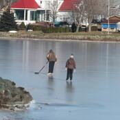 patiner sur glace mince..