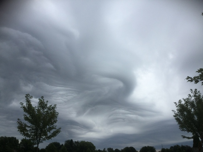 Unique clouds on Sunday Aug 9th , early morning London, Ontario