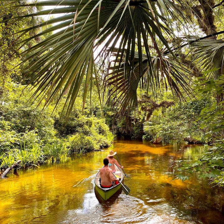 Canoe you believe how beautiful?