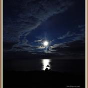 Pleine lune sur la mer