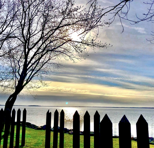 Cloudy morning. Pointe-Claire, Quebec, CA