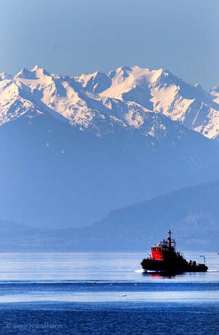 2021-April-19 - Calm day with only the Navy Fire Boat approaching Juan de Fuca, BC, Canada