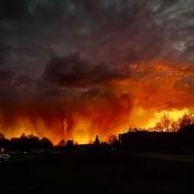 Ce n'est pas un feu de forêt. Coucher de soleil hier dans le sud de la Finlande.