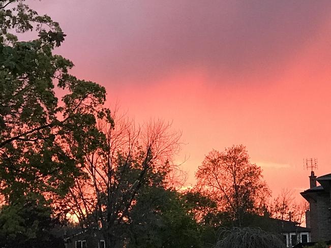 Sunset Mississauga, Ontario, CA