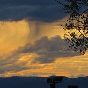 Coucher de soleil avec pluie