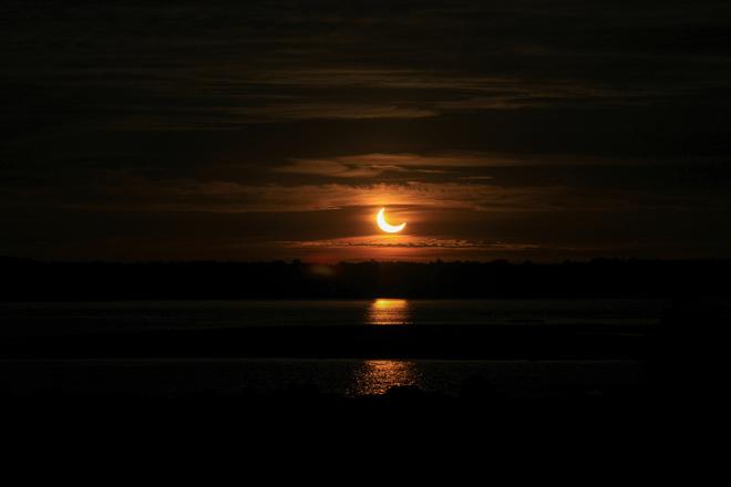 Sunrise Partial Eclipse Pembroke, ON