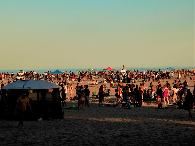 Over Crowded Woodbine Beach Park, ON