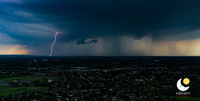 Lightning in St Catharines St. Catharines, ON