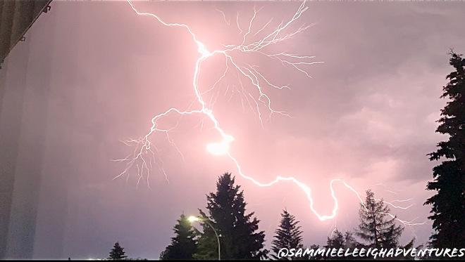 Lightning Edmonton, AB