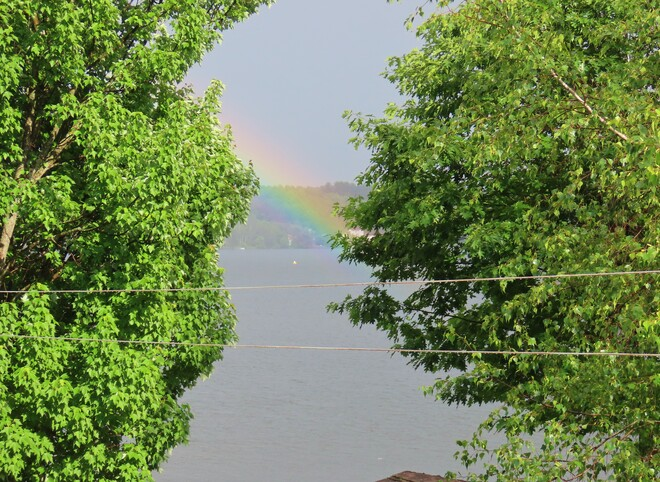 Arc-en-ciel Lac Magog, Québec
