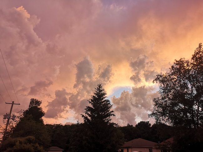 Friday's cloud Meaford, ON