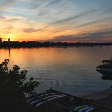 premier coucher de soleil de l'été
