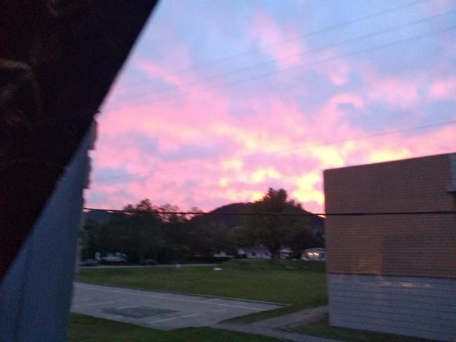 ciel en feu Clermont, QC