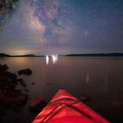 Petite pose dans mon kayak sur le lac Témiscamingue