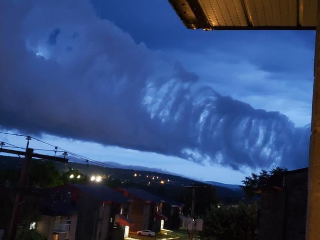 bizarre cloud pattern Magog, QC