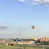 Des montgolfières….