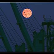 Trois-Rivières,pleine lune sur le port..