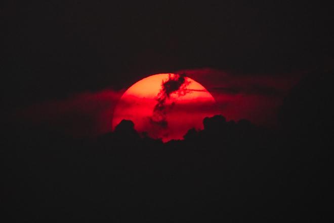 Coucher de soleil sous les cendres Montréal, QC