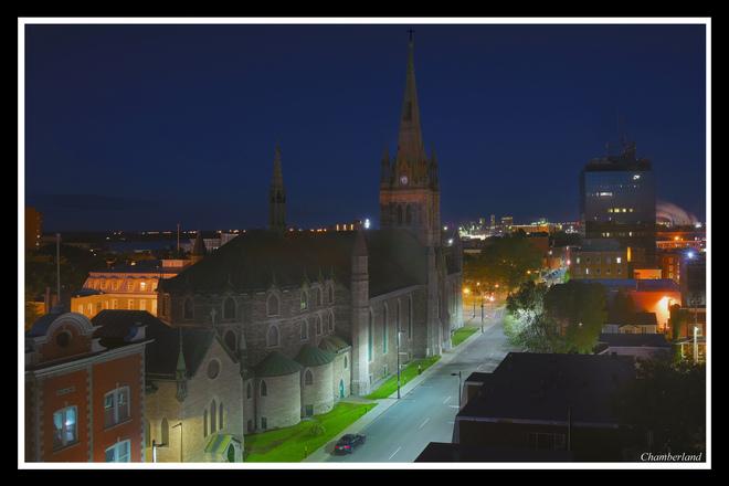 Cette nuit: Trois-Rivières et sa cathédrale, Trois-Rivières, QC