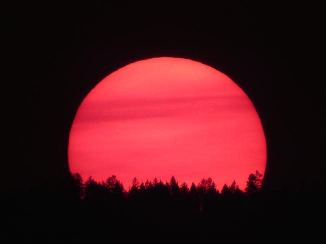 BIG, RED STAR! Cranbrook, BC