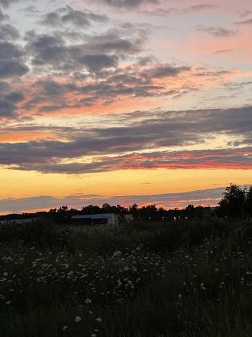 Sunset Waterdown, Ontario, CA