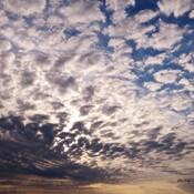 Les nuages enfin .