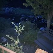 Pierres de la rivière au clair de lune.