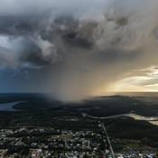 L'orage s'en vient....