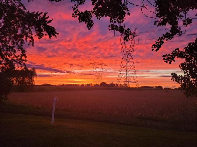 coucher de soleil de feu Sainte-Rosalie, QC