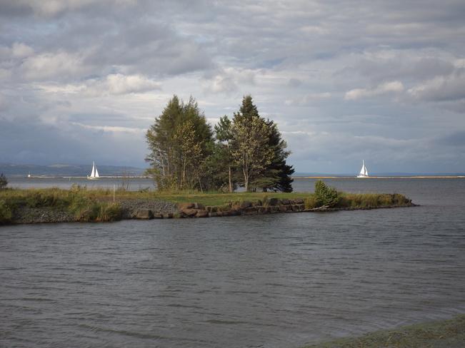 DOUBLE SAILBOATS 375 Island Dr, Thunder Bay, ON P7C 3G8, Canada