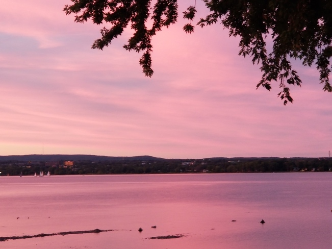 Sunset on the Ottawa River Ottawa, ON
