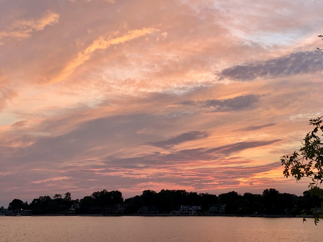 Sunset clouds!! Pointe-Claire, Quebec, CA