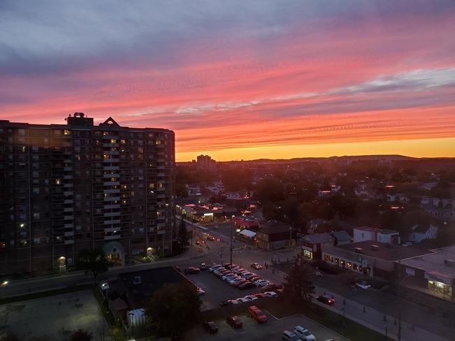 Vanier Sunset Vanier, Ottawa, Ontario