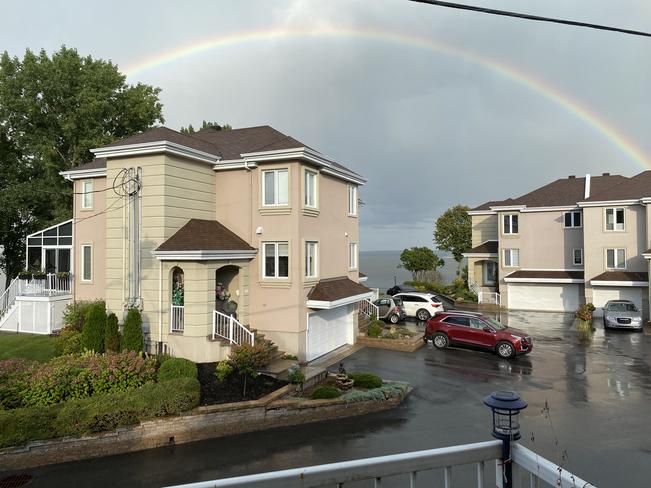 Full rainbow Vaudreuil-Dorion, Quebec | J7V 0H5