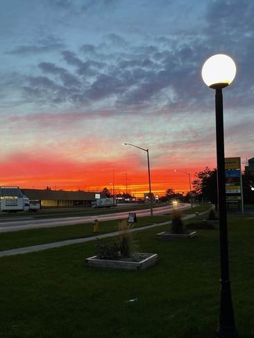 Sunset Cornwall, Ontario, CA