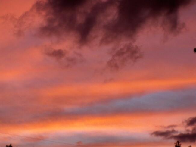 Sky colors Kingston, ON
