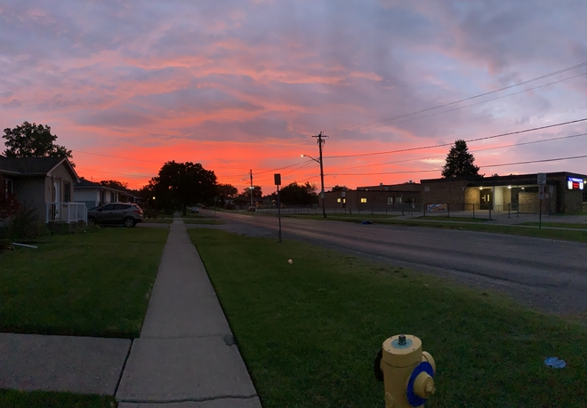 Sunrise in Niagara St. Catharines, Ontario, CA