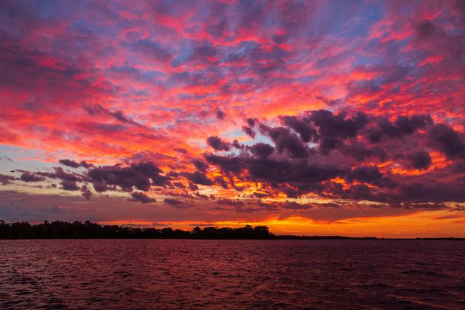 Bay of Quinte sky before sunrise Belleville, ON