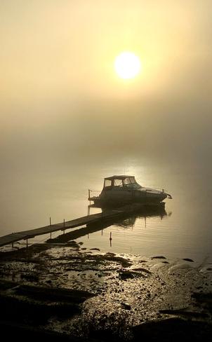 Brume sur le Fleuve Lanoraie, Québec | J0K 1E0