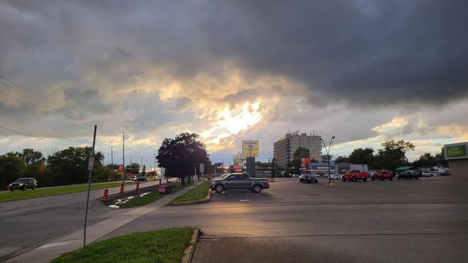 sun set through the clouds Belleville, ON