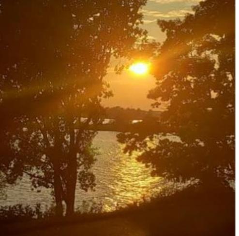 sunset Lake Ontario Park, ON