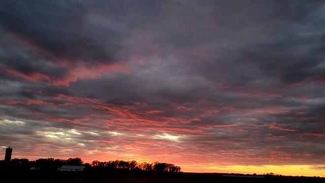 Beautiful Fall Sunset Steinbach, MB