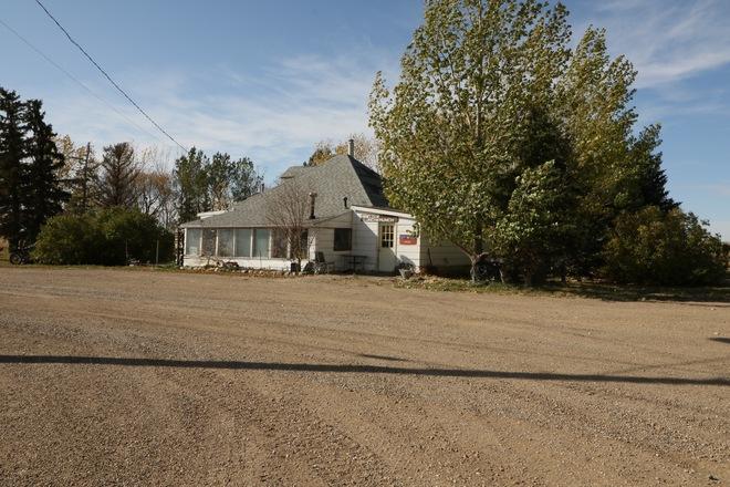 Prairie Pass Hoosier, SK S0L 1M0, Canada