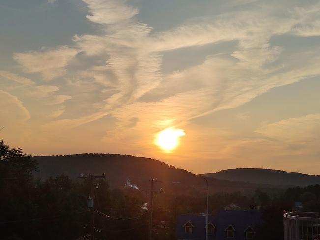 Coucher de soleil à Piedmont Montréal, QC