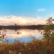 Kayak en soirée au lac Leamy