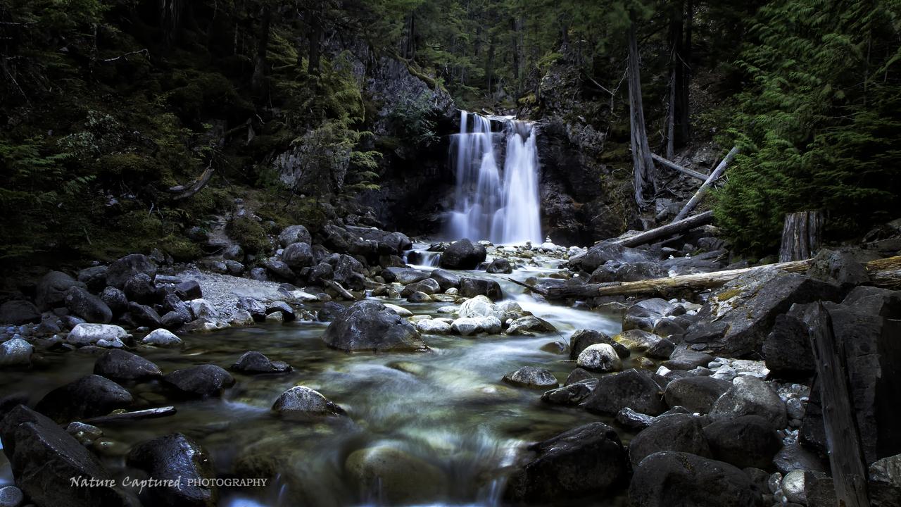 Gardner Falls