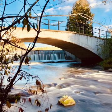 Rockwood Dam in Autumn