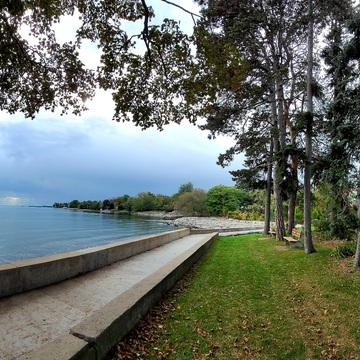 Lake Shore Walk