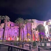 2021-10-25 - Caesars Palace, Las Vegas - out for an evening walk