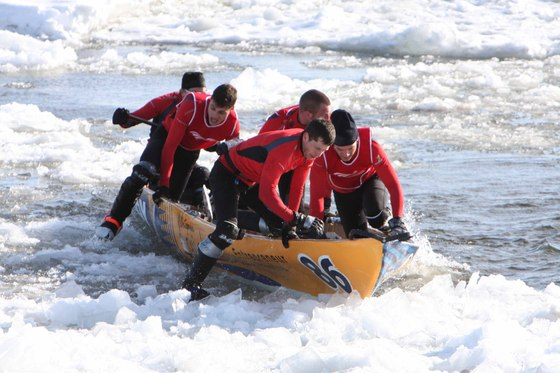 Quebec City Winter Carnaval Canoe Race